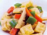 【主菜】凍り豆腐のピリ辛煮